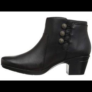 Clarks Emslie Boots